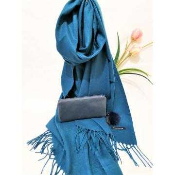 Set cadou esarfa casmir albastra si portofel bleumarin piele ecologica