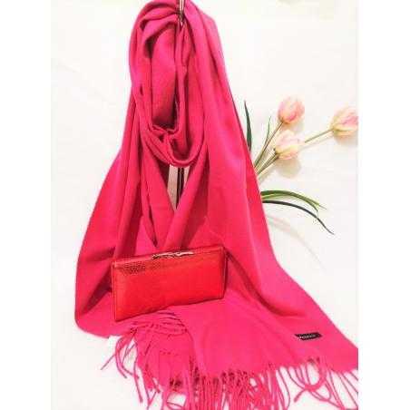 Set cadou esarfa casmir roz si portofel rosu sidefat din piele ecologica