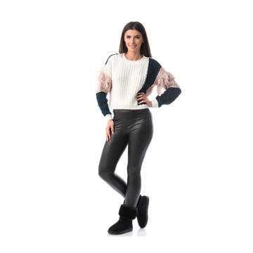 Pulover tricotat din lână, alb
